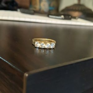 Jewelry - Gold Diamond Costume Ring
